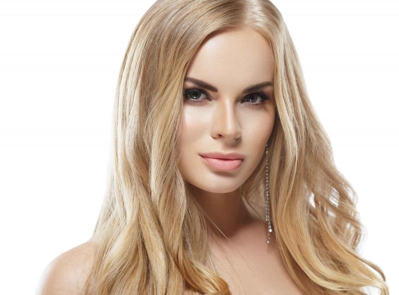 脸干燥毛孔粗大长痘怎么办如何改善毛孔粗大的问题