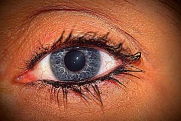怎么快速去黑眼圈三招让你告别黑眼圈