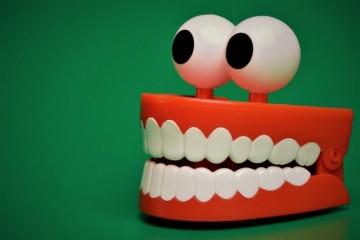带牙套后牙龈增生带牙套的注意事项